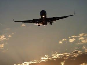 Wie lange fliegt man nach Rhodos von deutschen Flughäfen aus?