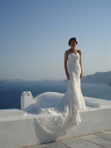 Heiraten auf Rhodos – Wenn die Hochzeit mit der Hochzeitsreise kombiniert wird! - Ein Mann, der im Schnee steht - Hochzeit